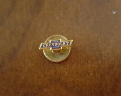 Vintagte CHEVROLET Bowtie Cutout SCREW BACK Type LOGO PIN with Backing