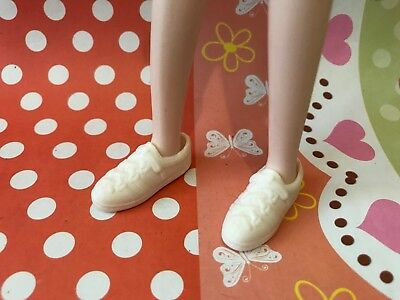Doll shoes ~ 1PAIR Takara Jenny Ivory color Sport Shoes - NEW - Licca/Momoko