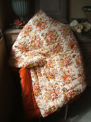 charming French QUILT BOUTIS PIQUE fabric BOUQUET OF ROSES FLOWERS Pinks  ca1950