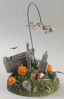 Department 56 SNOW VILLAGE HALLOWEEN Escape From The Crypt 7703318