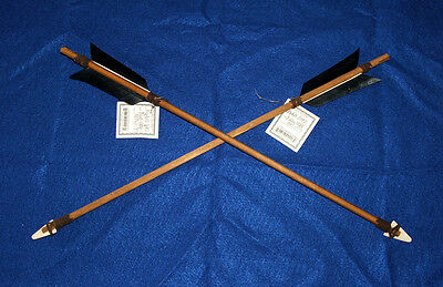 "Set of 2 Authentic Native American Arrows 18"" Black Fletching Bone Arrowheads 01"