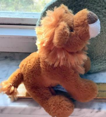 """Lion 5"""" Soft and Cuddly Plush Toy Press for Authentic Sound Africa Roar"""