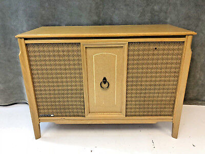 Mid Century Modern RECORD CONSOLE blonde vintage cabinet credenza stereo RCA 60s