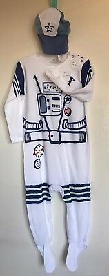 BNWT Next Baby Boys Glow In The Dark Spaceman Sleepsuit & Hat. Age 1 1/2 - 2 Y
