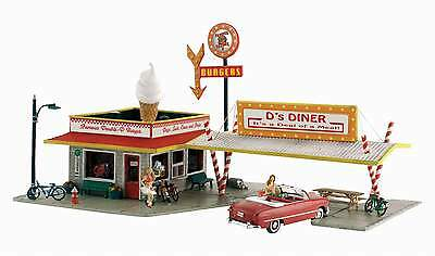 WOODLAND SCENICS D's DINER N SCALE BUILDING KIT