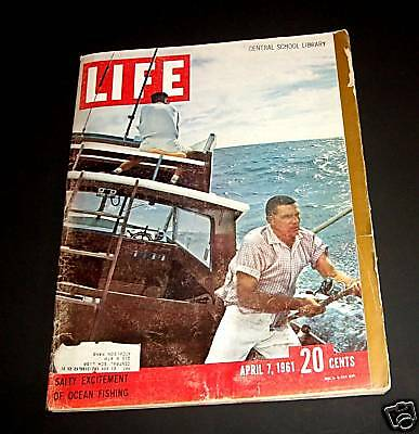 April 7, 1961 LIFE Magazine Old 60s ads adds add ad Advertising FREE SHIPPING 4