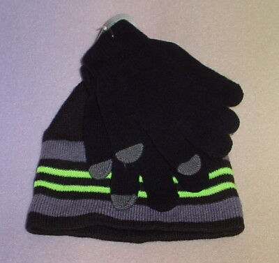 Boys Tech Knit Hat And Glove Set * Black  * One Size * New **