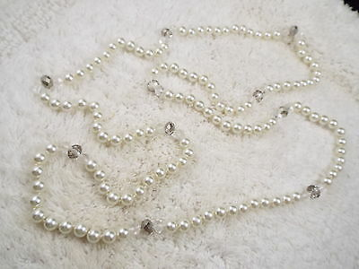 Long Crystal & Glass Pearl Necklace (D39)