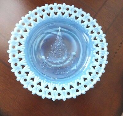 RARE MOSSER Art GLASS Blue Opalescent Christmas Plate 1984 Reticulated Lace Edge