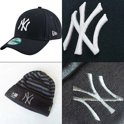 New York Yankees MLB New Era 9FORTY Adjustable Cap PLUS Knit Hat