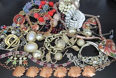 Great Lot of Vintage Jewelry Bracelets Necklaces Earrings MORE!