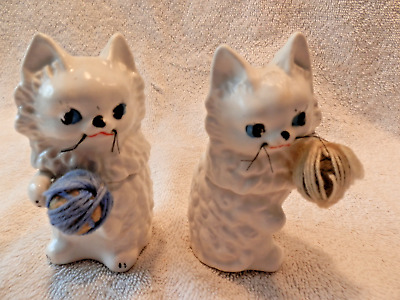 RETRO WHITE CATS w BALLS OF YARN SALT PEPPER SHAKERS TIP OVER SOUND NOT WORKING