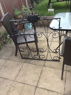 Lovely Antique Cast Iron Garden Gate Very Heavy Style