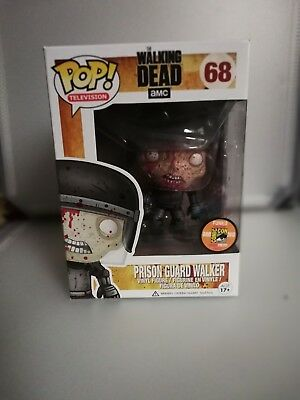 Funko pop The Walking Dead sdcc 2013. Bloody prison guard walker with protector