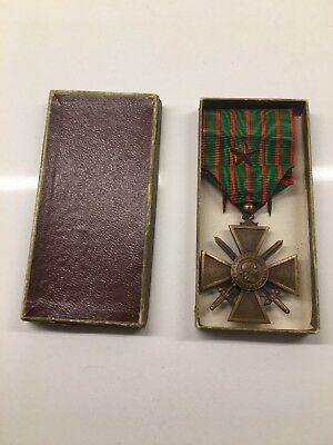 1914-1917 WWI FRENCH CROIX DE GUERRE WAR CROSS  With 1 Bronze Star And CASE RAR