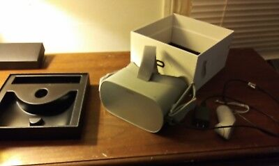 Oculus Go Standalone VR Headset 64 GB Gently used