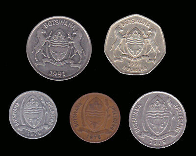 BOTSWNA:- 12 different 20th. century circulation coins from 12 countries. AP7080