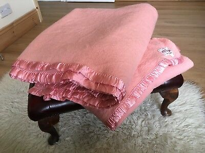 """Vintage Pure Wool Pink Pair of x 2 Double Large Blankets 80 x 100"""""""