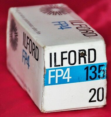 ILFORD FP4 BLACK AND WHITE PANCHROMATIC SAFETY FILM 1974 20exp 125 ASA 135 35mm