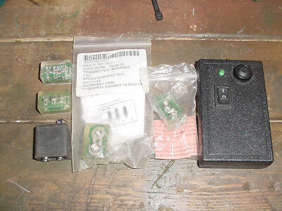 "US Army Desert Storm Infrared recognition IR lot "" bud lights""& tester survival"