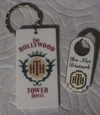 HTH (The Twilight Zone Tower of Terror) Pin (Do Not Disturb) & Key Chain (HTH)