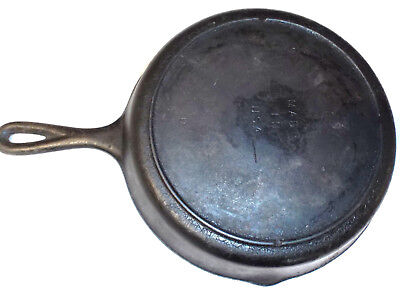 Vintage #8 Cast Iron Skillet w Heat Ring SK D1 Old Lodge Fry Pan