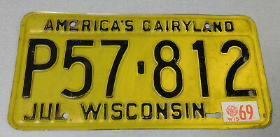 1969 Wisconsin passenger car license plate