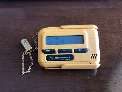 Motorola Bravo Express Minicall Pager Beeper with Gold Chain and Clip