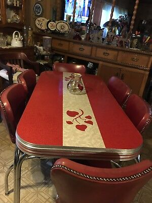 1950's / 1960's Red Chrome Table And 6 Chairs