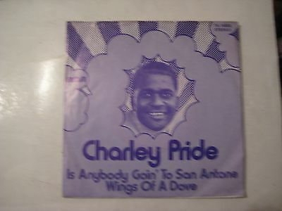 Charley Pride - Is anybody goin to San Antone