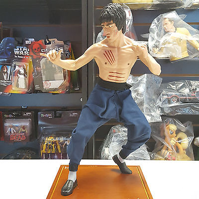 Bruce Lee 1/4 Scale Statue Limited 2500 pieces by EnterBay Used JC