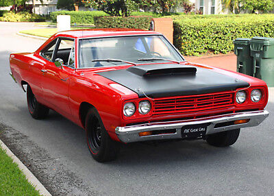 1969 Plymouth Road Runner HARDTOP COUPE - 383 V-8 & 4 SPEED RESFRESHED - 383 V-8 - 4 SPD - 1969 Plymouth Road Runner Coupe - 82K MI