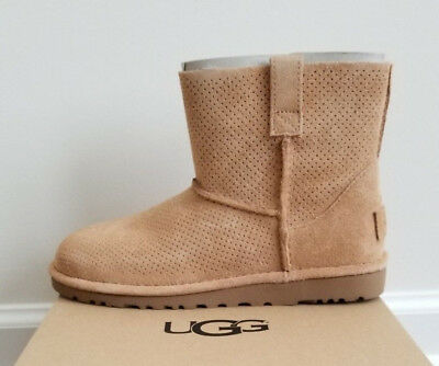 6657770fe30 UGG WOMEN'S CLASSIC Unlined Mini Perf Boot Black Size 6 Retail $120 ...