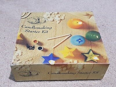 House Of Crafts Candlemaking Starter Kit Gift - Wax Pellets, Moulds, Dyes, Wicks