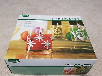 Reeves Finecrafts Christmas Candle Kit Gift - Moulds, Gel Wax, Dyes, Wicks
