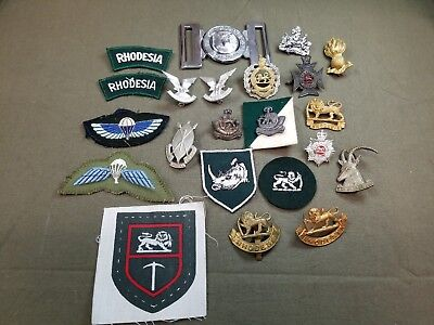 GROUP OF Rhodesian VINTAGE MILITARY INSIGNIA & PATCHES