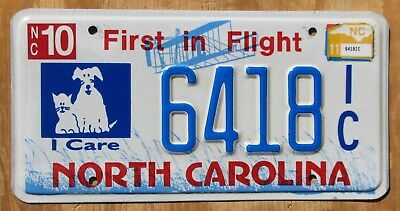 NORTH CAROLINA DOG CAT PETS specialty license plate  2011  6418