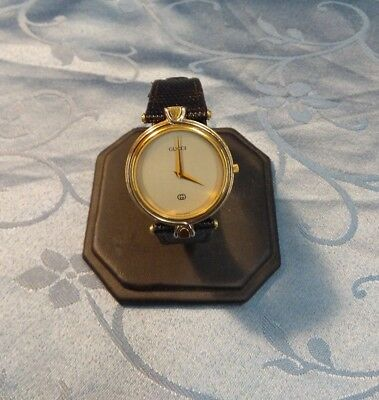 Vintage Gucci Unisex Wristwatch Model 4500 M Leather Band Two Tone Gold