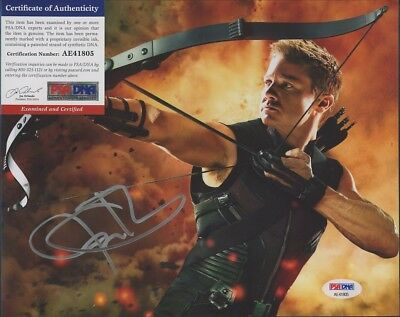 "JEREMY RENNER Signed Autographed The Avengers ""Hawkeye"" 8x10 Photo PSA/DNA"