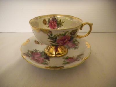 Collectible Porcelain CHINA Tea Cup & Saucer PINK ROSES Gold Trim Made in Japan