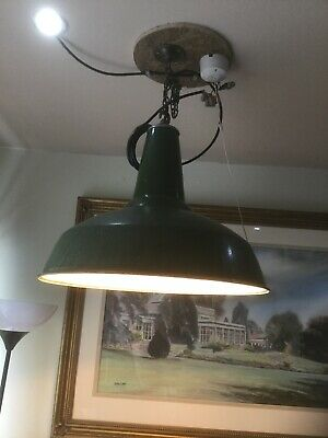INDUSTRIAL GREEN ENAMEL BENJAMIN  CEILING LIGHT SHADE & FITTINGS  Not REVO