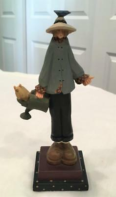 1996 Williraye Studio Folk Art Figure WW1055 Cousin Woman / Girl w/ Watering Can