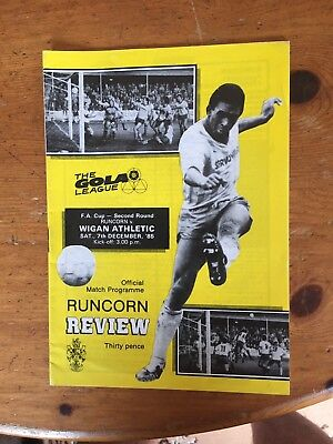 RUNCORN v WIGAN ATHLETIC F.A CUP 2nd ROUND PROGRAMME 1985/86