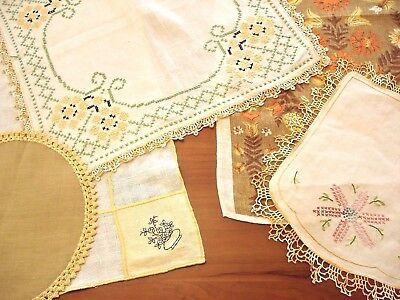 """Mellow Yellow! Vintage Lot of 7 Table Linens Cover 33""""x33"""" Doilies Tee Towel"""