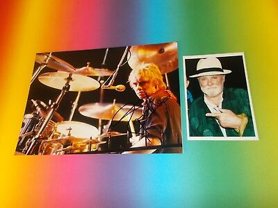 Roger Taylor Queen  signed signiert autograph Autogramm auf 20x28 Foto in person