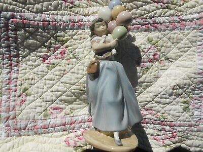 "Lladro Balloon Seller Girl Handmade Spain 1982 ""As Is"" 1 Balloon Cracked DAISA"