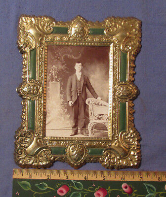 Antique 1890S Photo In Tin Frame 8 1/2 X 7 Inches
