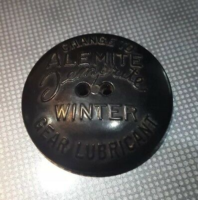 Vintage Old 1937 Black ALEMITE Temprite 'Remember Your Car' Advertising Button