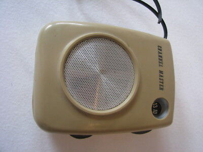 Vtg Channel Master Pocket Transistor Radio Working