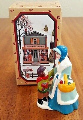 Vintage 1982 NEW Avon McConnell's Town Shoppers Christmas Figures - NEW in Box
